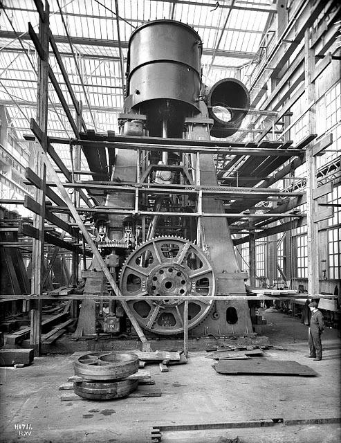 Паровая машина Титаника на момент строительства.