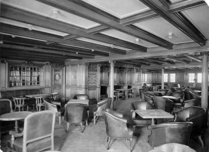Комната отдыха для пассажиров второго класса.