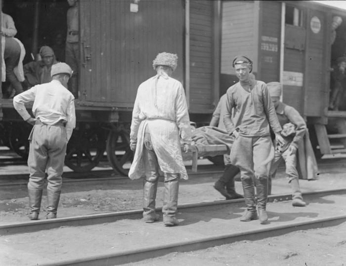 Чешский поезд с ранеными. Сибирь, 1919 год.