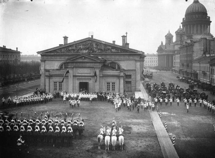 Парад Лейб-Гвардии Конного полка. 1903 год.