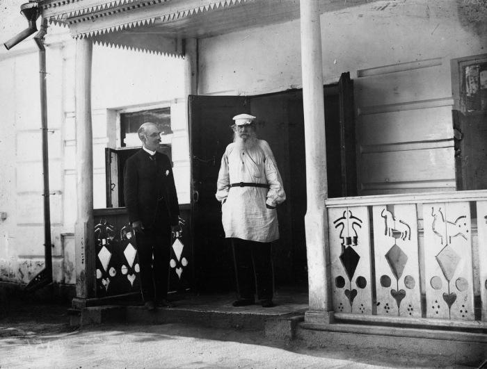 Карл Булла и Лев Толстой. Ясная Поляна - усадьба в Щёкинском районе Тульской области.