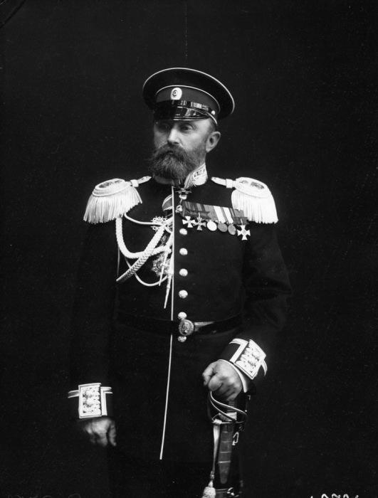 Капитан ледокола Ермак Михаил Петрович Васильев.