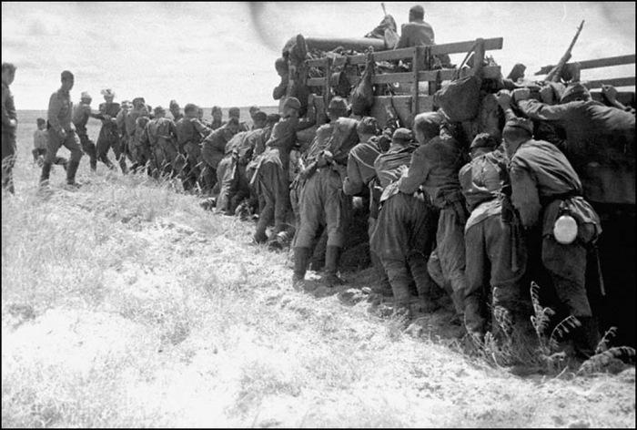 Наступление советских войск в Маньчжурии в 1945 году.