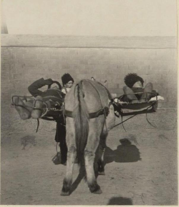 Летучий санитарный отряд в Мукдене в 1905 году.