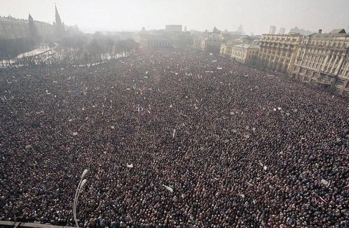 500-тысячный митинг. СССР, Москва, 10 марта 1991 год.