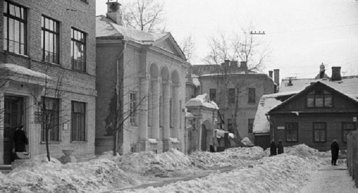 Спасопесковская площадь, юго-восточный угол. СССР, Москва, 1966 год.