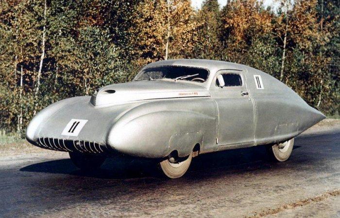Советский гоночный автомобиль ГАЗ М-20 Победа-Спорт. СССР, 1950-е годы.