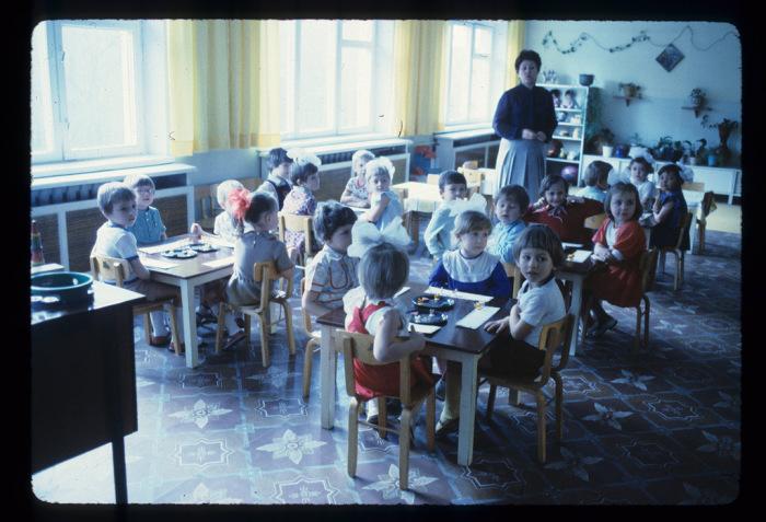 Старшая группа в детском садике. СССР, Донецк, 1983 год.
