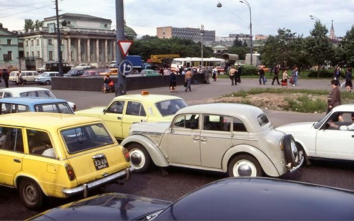 Угол Сретенки и Колхозной площади. СССР, Москва, 1987 год.