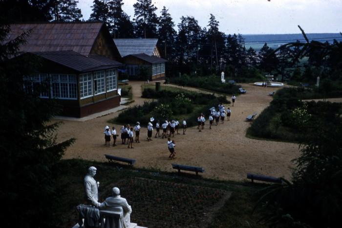 Воспитательно-оздоровительное учреждение в СССР, предназначенное для пионеров Всесоюзной пионерской организации имени В. И. Ленина и школьников.