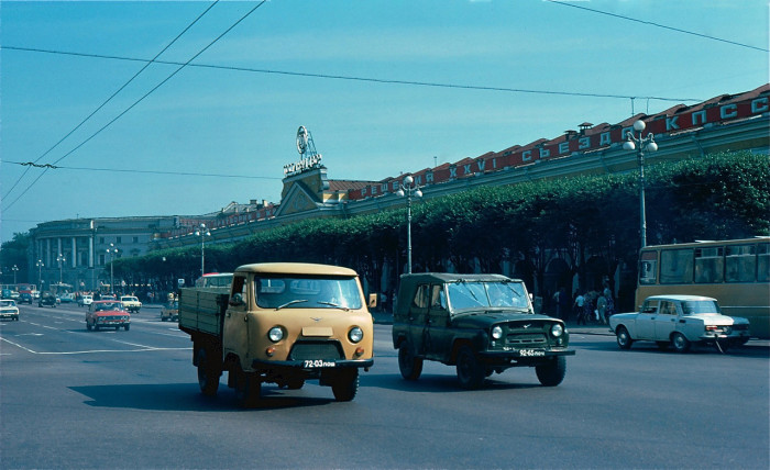 Автомобильное движение. СССР, Ленинград, 1981 год.