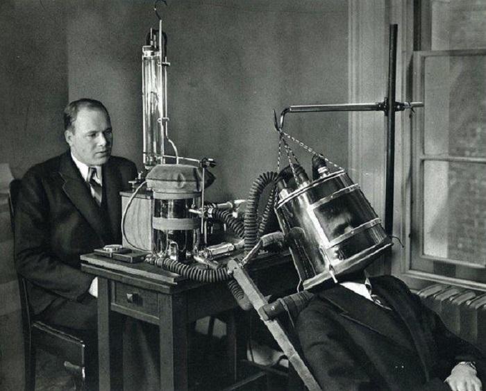 Аппарат доктора Бенедикта для измерения метаболизма, 1935 год.