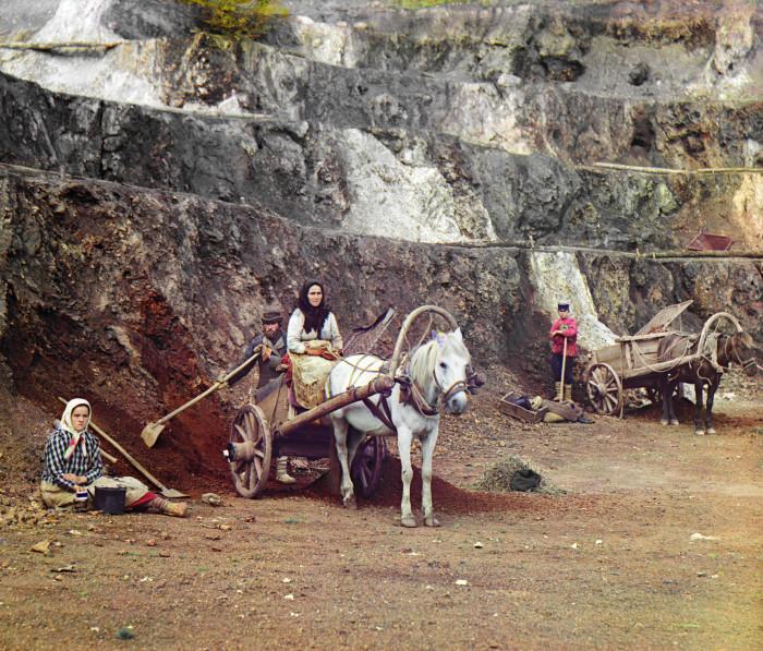 Работа на Бакальском руднике. Россия, Златоустовский уезд, Уфимская губерния.