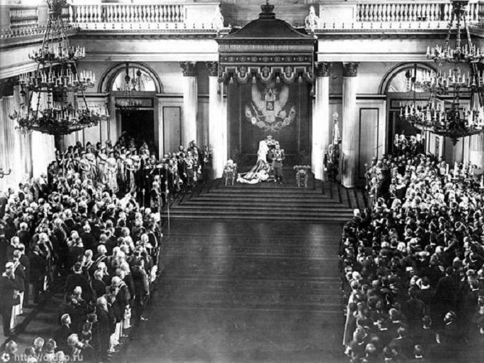 Выступление Николая II перед депутатами государственной думы в 1906 году.