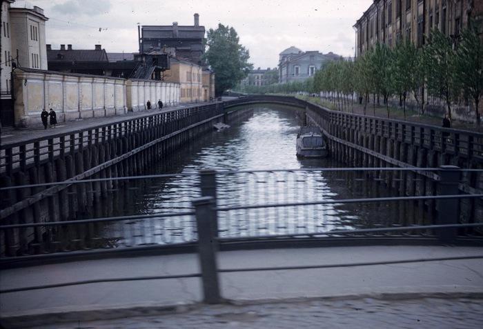 Обводный канал с рекой Фонтанкой. СССР, Ленинград, 1959 год.