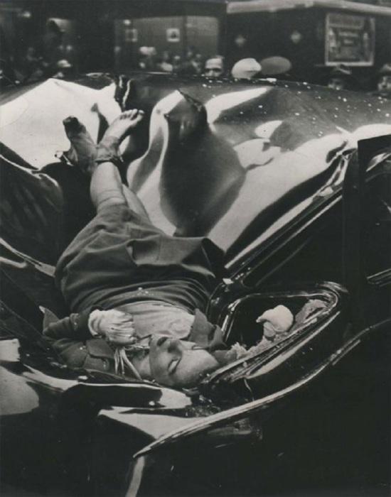 23-летняя Эвелин Макхейл, которая спрыгнула со смотровой площадки Эмпайр-стейт-билдинг. США, 1947 год.