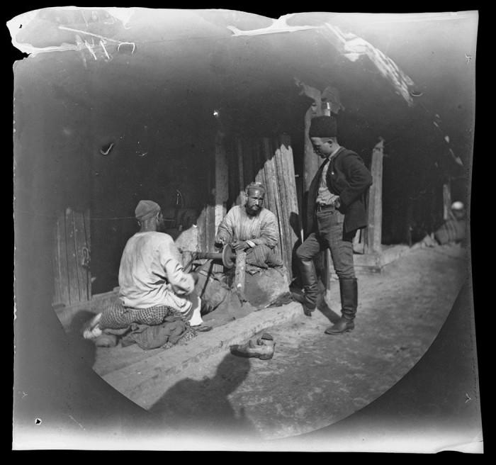 Палатка торговца на главной улице Старого Самарканда.