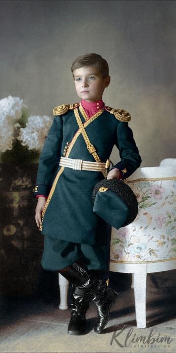 Портретный снимок Цесаревича Алексея в 1911 году.