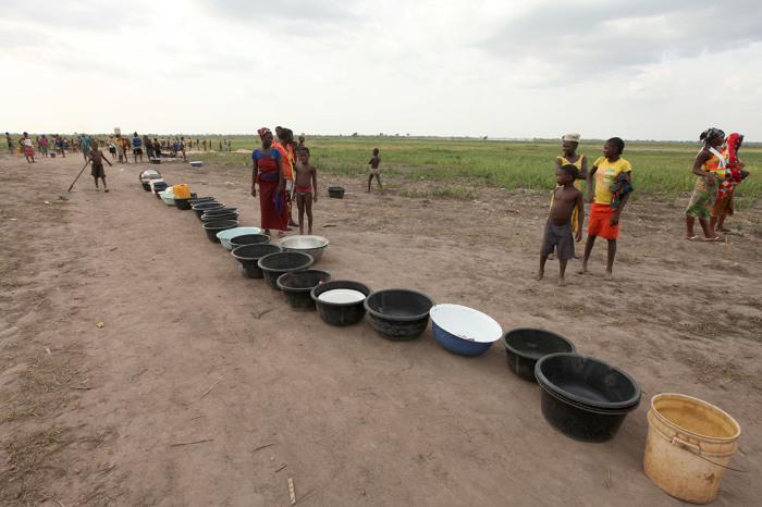 Очередь за водой в Агату-Обагаджи.