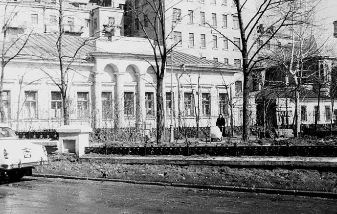 Собачья площадка. СССР, Москва, 1961 год.