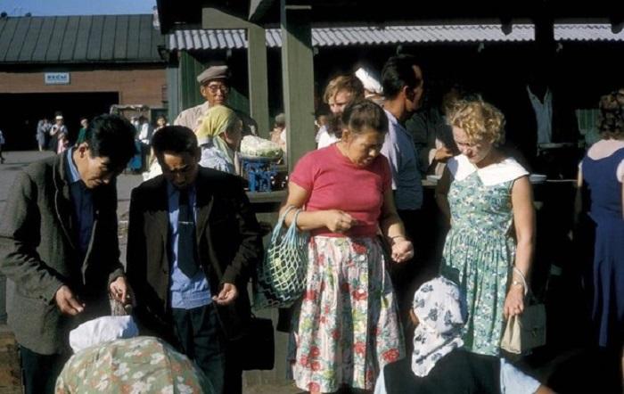 Центральный рынок в Иркутске. СССР, Иркутск, 1964 год.