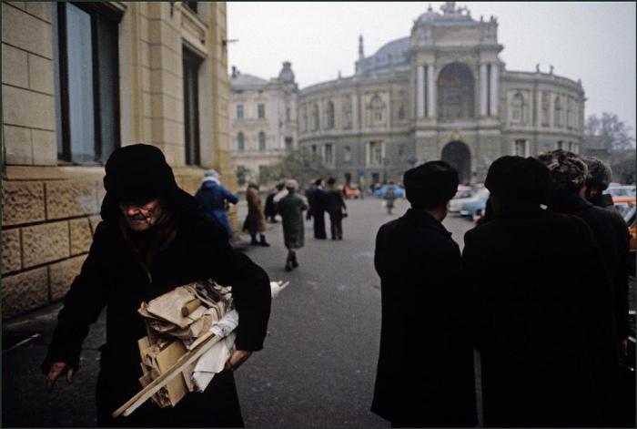 Вид на Одесский Национальный Академический театр Оперы и Балета.
