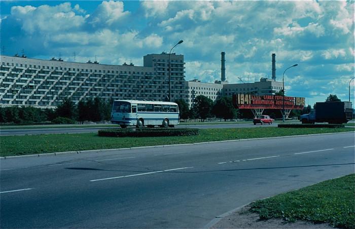 Мемориал защитникам Ленинграда на окраине города.<br> СССР, Ленинград, 1981 год.