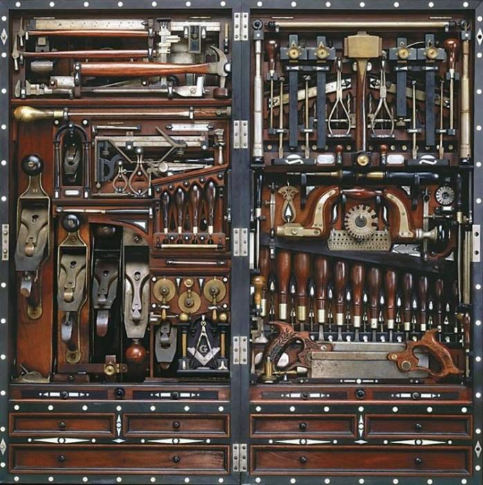Инструменты настройщика фортепиано.