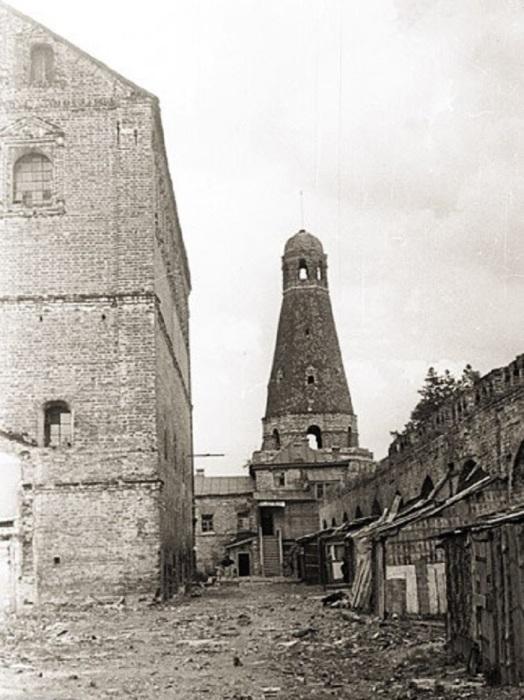Симонов монастырь. СССР, Москва, 1955 год.