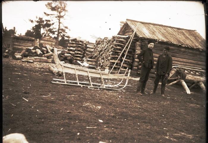 Лошадиная нарта. Ханты-Мансийский автономный округ, Нижневартовский район, село Ларьяк, 1912 год.