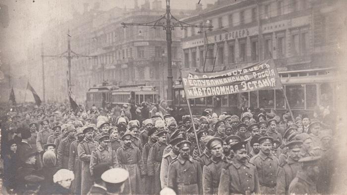 Эстонская манифестация на Невском проспекте.  Петроград,  26 марта 1917 года.