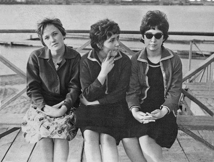 На пляже в Жилгородке. Казахстан, Жилгородок, 1964 год.