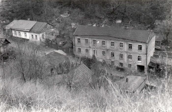 Здания, находящиеся в аварийном состоянии. Киев, улица Петровская, 1981 год.