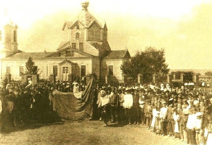 «Вождение русалки-коня». Село Оськино, Воронежской губернии, 1930 год.