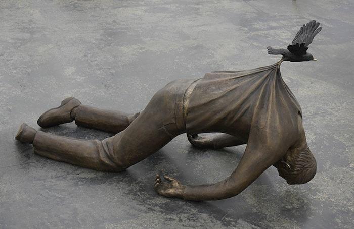 Оригинальные статуи и скульптуры со всего мира.