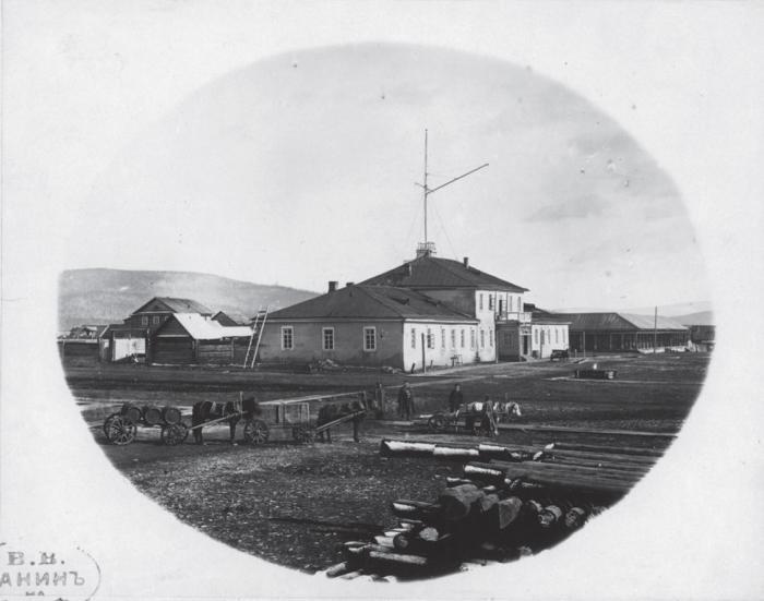 Штаб командира полков в Николаевске. Россия, 1880 годы.