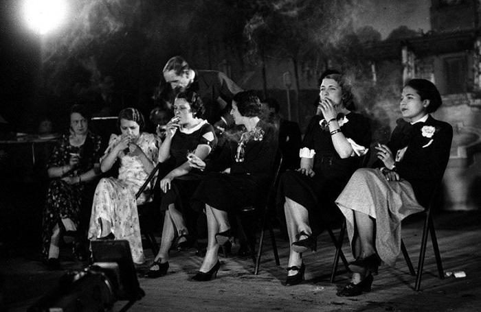 Документальные ретро фотографий, сделанных в XX веке.