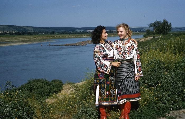 Фотографии людей, сделанные иностранными туристами во время пребывания в СССР с 1957 по 1964 год.
