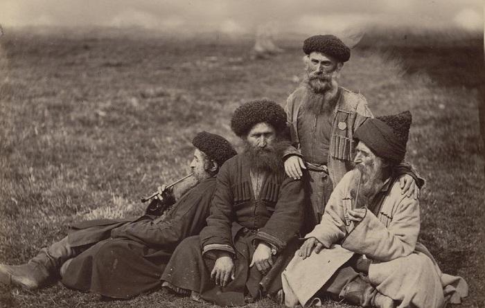 Ретро исторические фотографии Жана Ксавье Рауля в 1870-х годах.