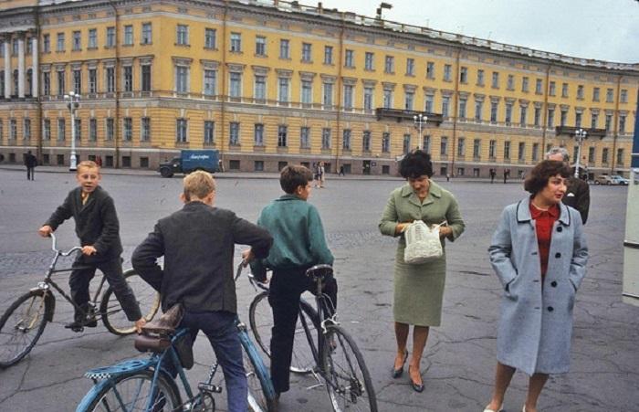 Колоритные фотографии, сделанные в СССР в 1965 году.