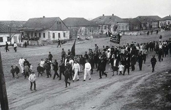 СССР на фотографиях известного фотографа Аркадия Шайхета.