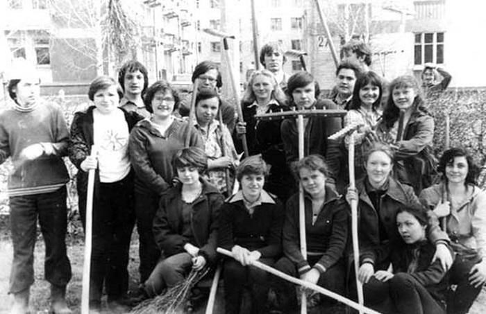 Фотографии, которые расскажут о советской моде в 1970-х - 1980-х годах.