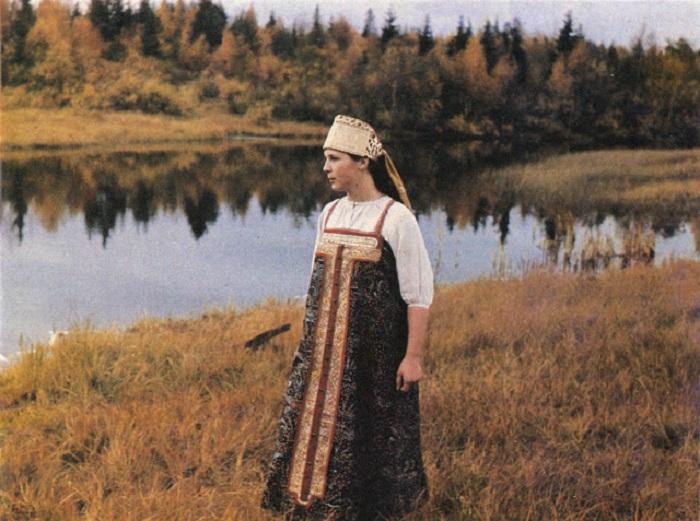 Образ светлой русской женщины.