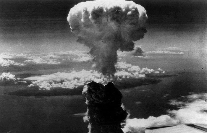 Фотографии, сделанные до и после атомной трагедии в Хиросиме и Нагасаки