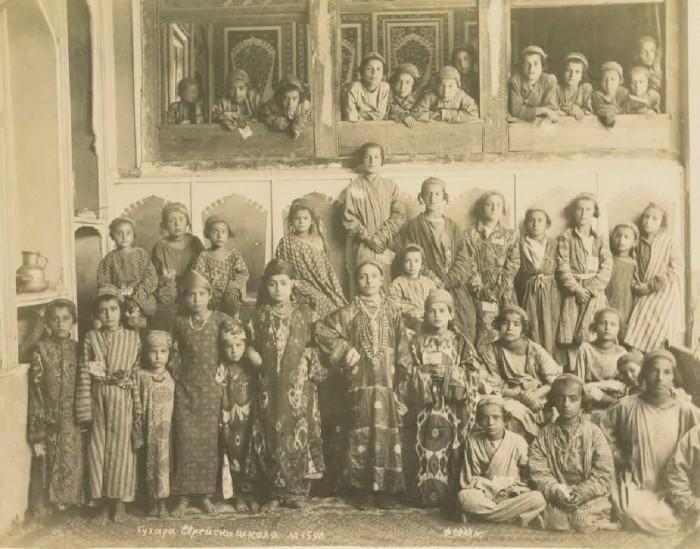 Еврейская школа. Бухара,середина 19 века.