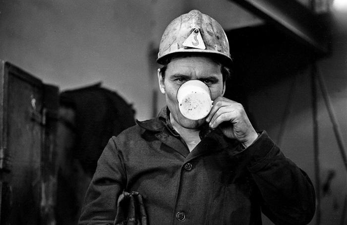 Знаковые фотографии из жизни советских людей в 1980-х годах.
