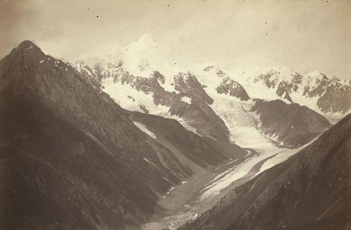 Документальные фотографии, сделанные во время путешествия американского журналиста по Сибири.