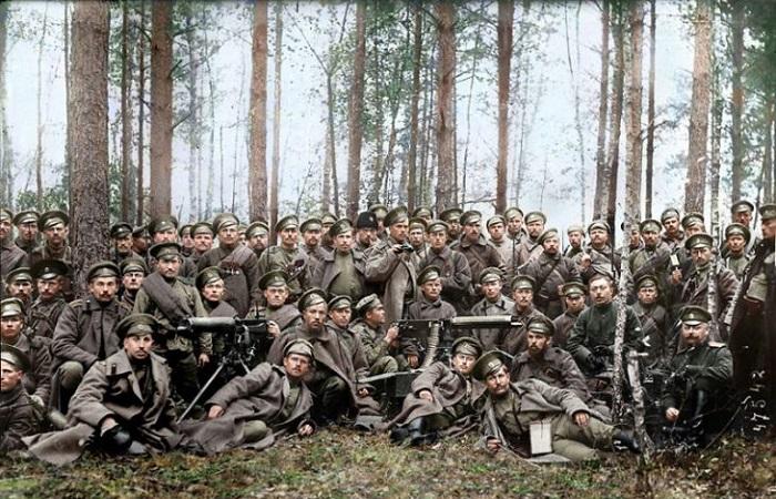 Исторические фотографии о жизни России в первой половине XX века.