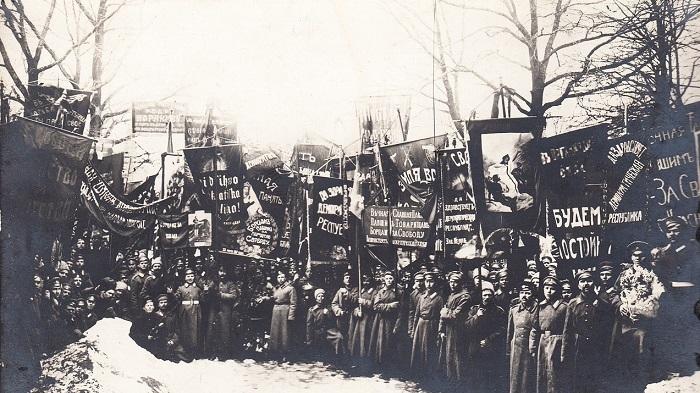 История в фотографиях. Петроград. 1917.