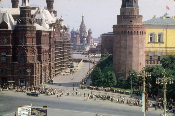 Вид на Храм Василия Блаженного. СССР, Москва, 1963 год.